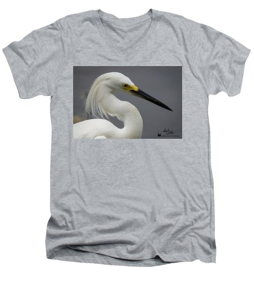 Snow Egret Portrait Men's V-Neck T-Shirt