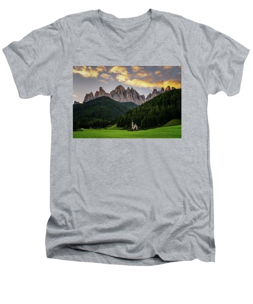 St Johann Sunrise Men's V-Neck T-Shirt