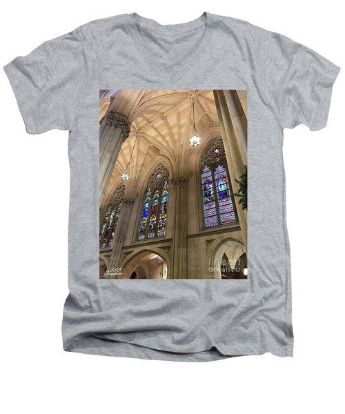 St Patricks Stained Glass Men's V-Neck T-Shirt