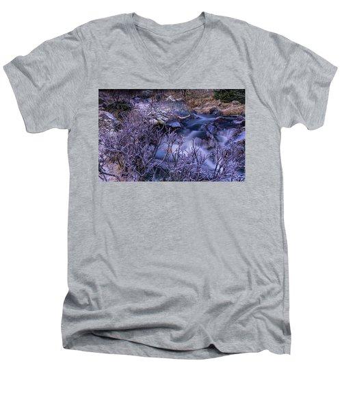 Stream Men's V-Neck T-Shirt