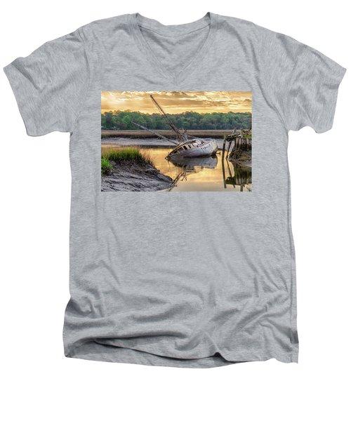 Sunrise Shipwreck Men's V-Neck T-Shirt