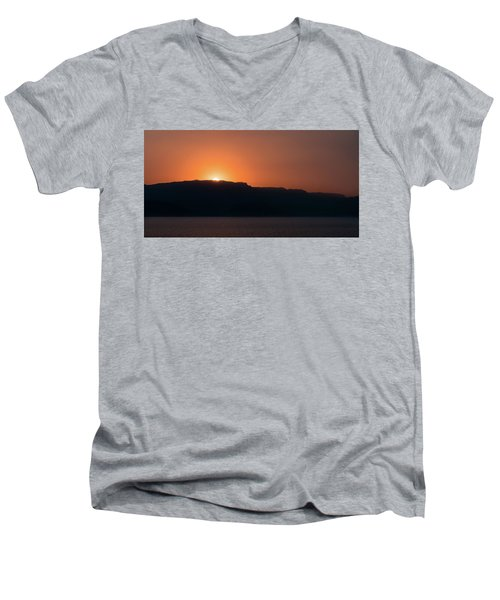 Sunset At Over The Mountains In The Red Sea Men's V-Neck T-Shirt