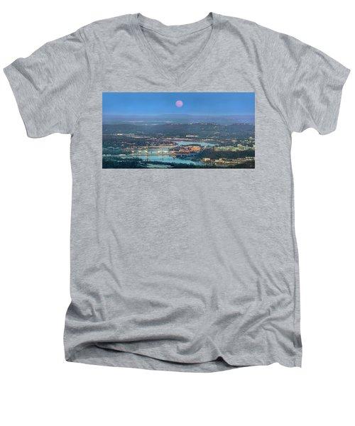 Super Moon Over Chattanooga Men's V-Neck T-Shirt