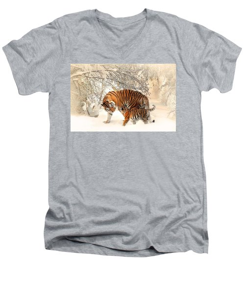 Tiger Family Men's V-Neck T-Shirt