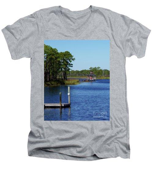 Western Lake Florida Men's V-Neck T-Shirt