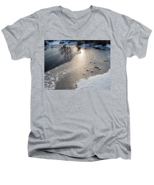Winter Landscape At Whitesbog Men's V-Neck T-Shirt
