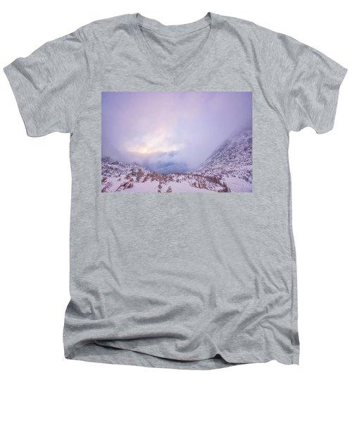 Winter Morning Light Tuckerman Ravine Men's V-Neck T-Shirt