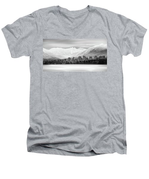 Winterscape Vancouver Men's V-Neck T-Shirt