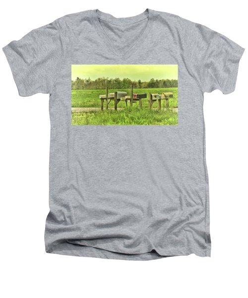 You Got Mail Men's V-Neck T-Shirt