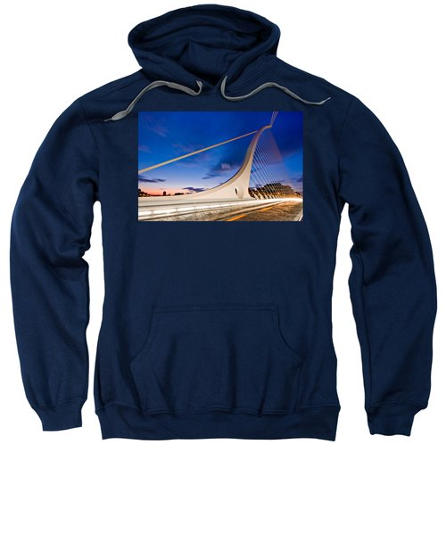 Samuel Beckett Bridge At Night / Dublin Sweatshirt