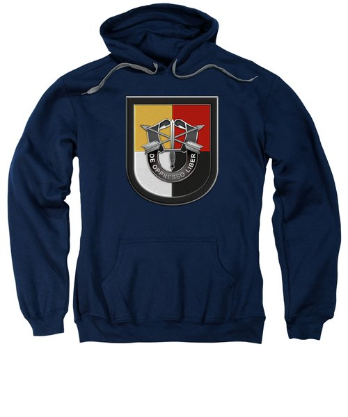 U. S.  Army 3rd Special Forces Group - 3  S F G  Beret Flash Over Green Beret Felt Sweatshirt