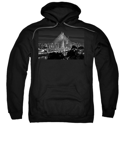 Sao Paulo - Ponte Octavio Frias De Oliveira By Night In Black And White Sweatshirt