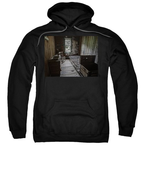 Room At The Wells Hotel - Montana Sweatshirt