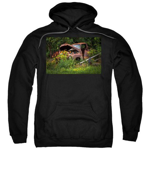 Rusty Truck Flower Bed - Charming Rustic Country Sweatshirt