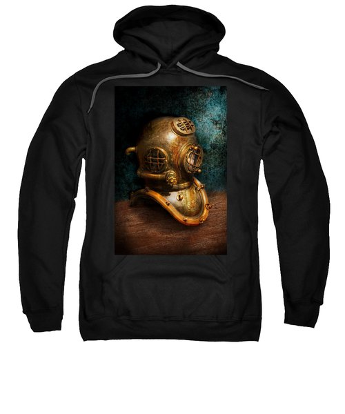 Steampunk - Diving - The Diving Helmet Sweatshirt