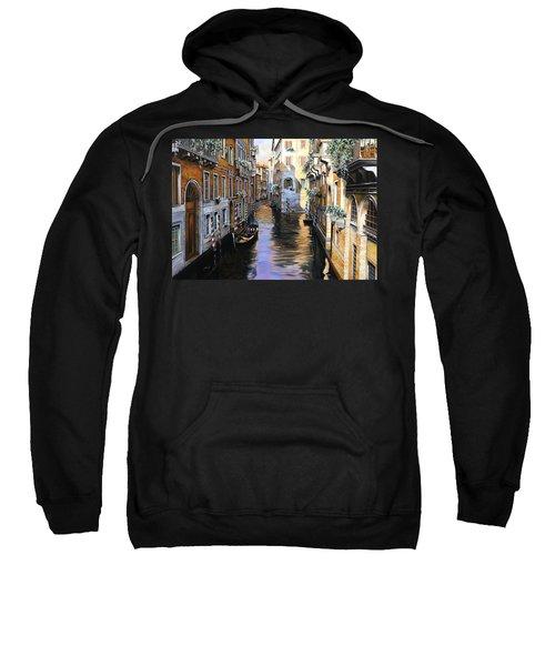Tanta Luce A Venezia Sweatshirt