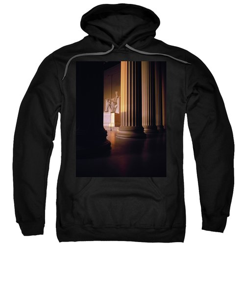 The Lincoln Memorial In The Morning Sweatshirt by Panoramic Images