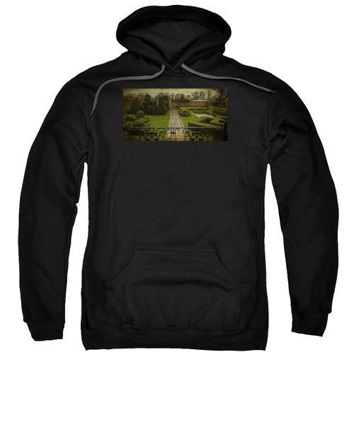 Avebury Manor Topiary Sweatshirt