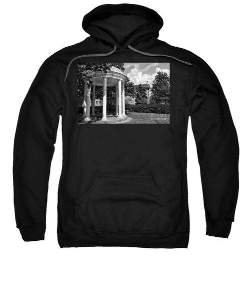 Chapel Hill Old Well In Black And White Sweatshirt