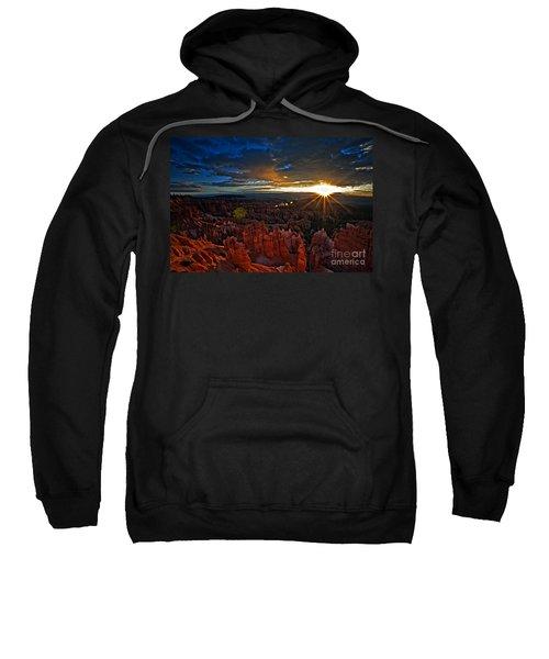 Hoodoos At Sunrise Bryce Canyon National Park Sweatshirt