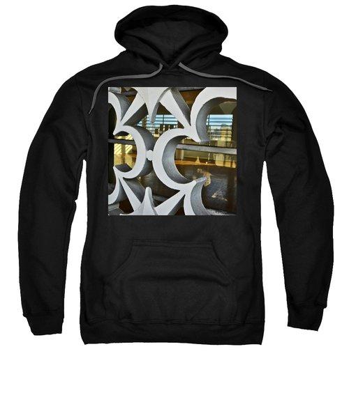 Kitsch Urban Details Sweatshirt