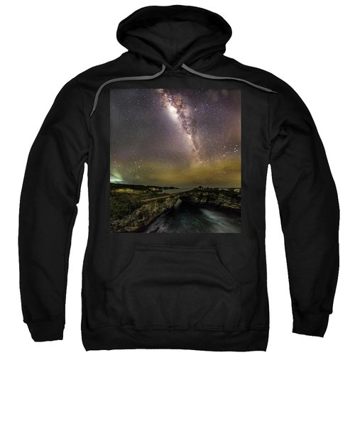 stary night in Broken beach Sweatshirt