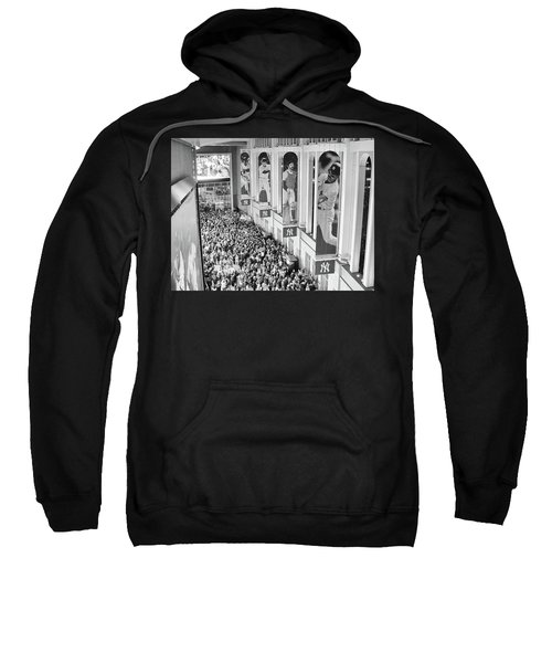 Yankee Stadium Great Hall 2009 World Series Black And White Sweatshirt