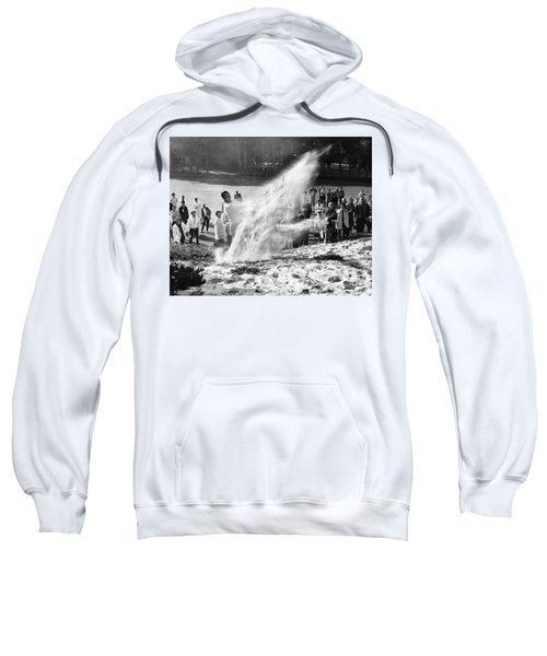 Arnold Palmer At Pebble Beach California Rey Ruppel Photo Circa 1955 Sweatshirt