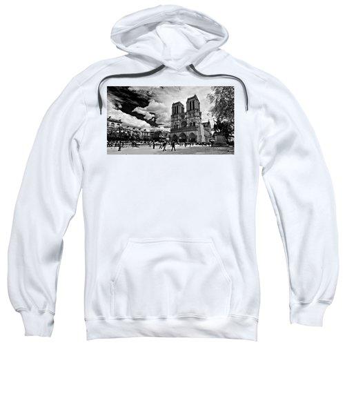 Parvis Notre Dame / Paris Sweatshirt
