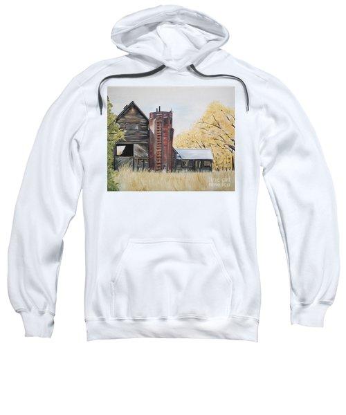 Golden Aged Barn -washington - Red Silo  Sweatshirt