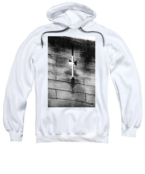 Arrow Slit Sweatshirt