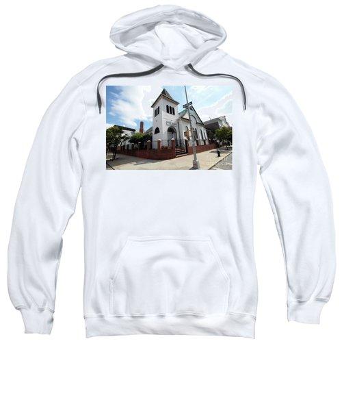 Asamblea Evangelica Evergreen Church Sweatshirt