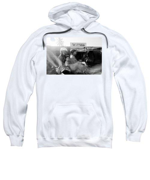 Center Sweatshirt
