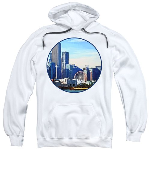 Chicago Il - Chicago Skyline And Navy Pier Sweatshirt