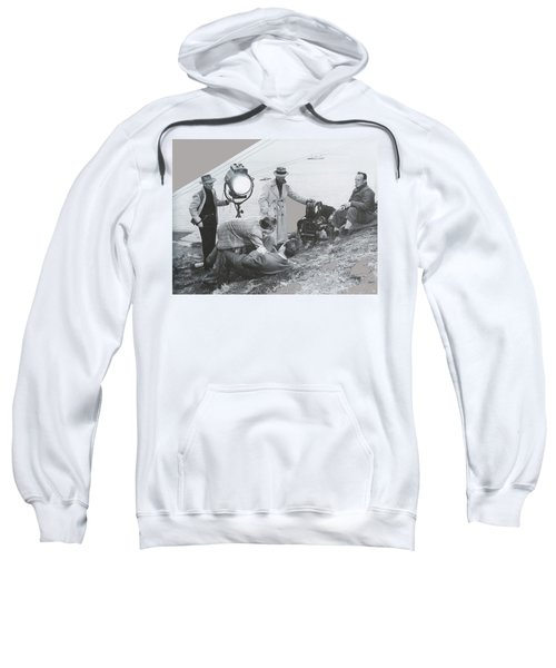 Clifton Young And Bogie Fight To The Death Dark Passage 1947-2016 Sweatshirt