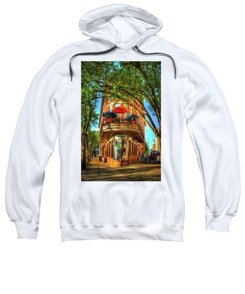 Flatiron Style Pickle Barrel Building Chattanooga Tennessee Sweatshirt