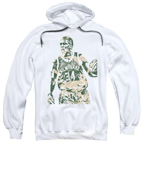 Giannis Antetokounmpo Milwaukee Bucks Pixel Art 23 Sweatshirt