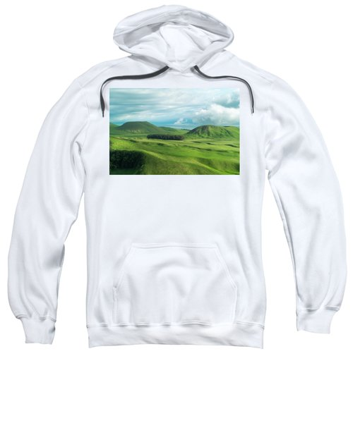 Green Hills On The Big Island Of Hawaii Sweatshirt
