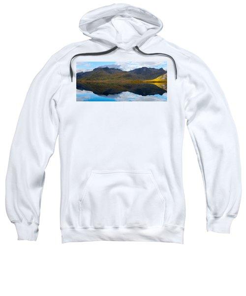 Lofoten Lake Sweatshirt