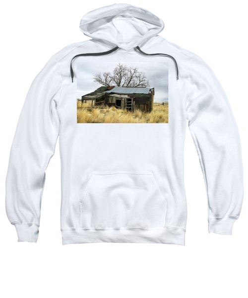 Old Wyoming Farmhouse Sweatshirt