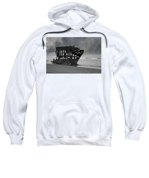 Peter Iredale Shipwreck At Oregon Coast Sweatshirt