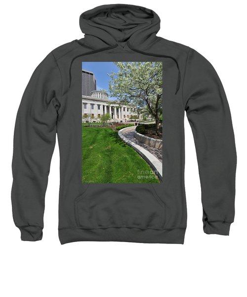 D13l-145 Ohio Statehouse Photo Sweatshirt