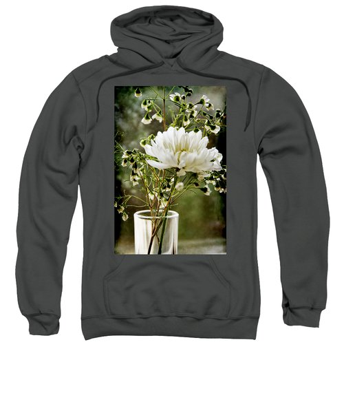Daisy Mum  3 Sweatshirt