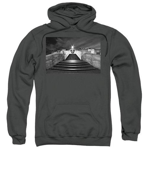 Ha'penny Bridge Steps At Night - Dublin - Black And White Sweatshirt