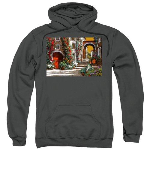 L'altra Porta Rossa Al Tramonto Sweatshirt