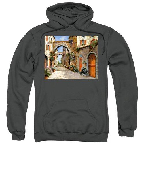 Le Porte Rosse Sulla Strada Sweatshirt