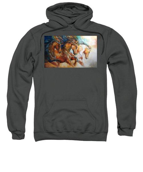 Wild Trio Run Sweatshirt