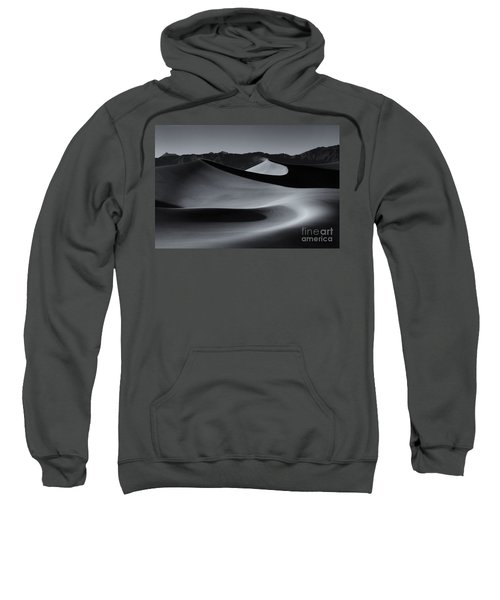 Follow The Curves Sweatshirt