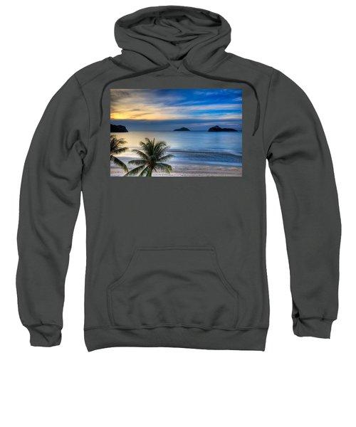 Ao Manao Bay Sweatshirt