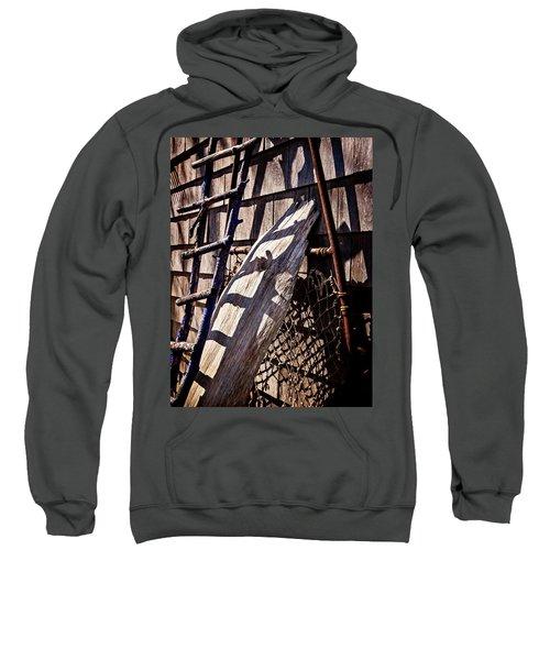 Bird Barn Details Sweatshirt